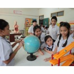 การทดลองทางวิทยาศาสต์ - กุมุทมาส เนอสเซอรี่ โรงเรียนอนุบาล-ประถม