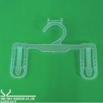 โรงผลิตไม้แขวนหนีบ8นิ้ว - โรงงานฉีดพลาสติก ผลิตภัณฑ์พลาสติก ไทยโพลีพลาสเทค