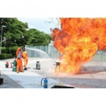 สอนวิธีดับเพลิงเบื้องต้นขณะเกิดเพลิงไหม้ - อบรมดับเพลิงและฝึกซ้อมหนีไฟ - นิปปอน