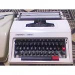Somsak Typewriter