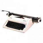 เครื่องพิมพ์ดีด โอลิมเปีย (Olympia) - สมศักดิ์พิมพ์ดีด