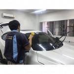 รับติดฟิล์มกระจกรถยนต์ นอกสถานที่ - ร้านกระจกรถยนต์ ปทุมธานี