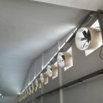 ติดตั้งพัดลมเป่าอากาศ - ติดตั้งพัดลมระบายอากาศอุตสาหกรรม พร้อมวางระบบท่อสไปร่อนโดยทีมงานได้รับอบรมด้านปลอดภัยในการทำงาน