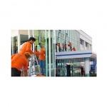 ทำความสะอาดกระจก ภายในและภายนอก - บริษัท ซีซี โปรเฟส เซอร์วิส จำกัด