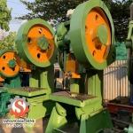 รับประมูลเครื่องจักรเก่า - รับซื้อเครื่องจักรเก่า รับประมูลโรงงานที่เลิกกิจการ เทียนทะเล - แสวงจักรกล