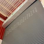ประตูม้วนระบบมือดึง ระบบรอกโซ่และมอเตอร์ - บริษัท ราชาเมทัลชีท จำกัด