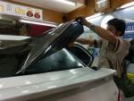 ติดตั้งฟิล์มกรองแสงรถยนต์  - กระจกรถยนต์ แอล พี อาร์ ลำลูกกา