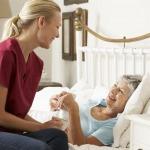 หาคนดูแลผู้สูงอายุชลบุรี รายวัน - รับจัดส่งผู้ดูแลผู้ป่วย เอช ที แคร์