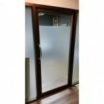 ติดตั้ง ประตูเลื่อนรางแขวน - รับติดตั้งกระจกอลูมิเนียม ช่างนัน