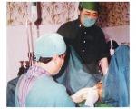 Dr.Takasu watching sex change operating - เพชรรัตน์คลีนิค