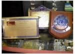 รับสั่งทำโล่รางวัลจากไม้ เสาชิงช้า - ร้าน สุวรรณประดิษฐ์ สั่งทำโล่ ถ้วยรางวัลและเครื่องหมายข้าราชการ