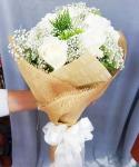 ของขวัญรับปริญญา - รับจัดดอกไม้ พวงหรีด ปัทมาภรณ์ ฟลอรีส