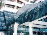 พลาสติกดัดโค้งตามโครงสร้างมุงหลังคา - บริษัท กู๊ด ดีไซน์ อินเตอร์โมเดอร์น จำกัด