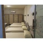 ห้องนอน 8 เตียง (8 bed female dorm)