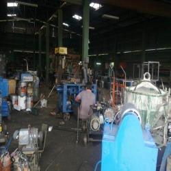 โรงงานซ่อมเครื่องมือก่อสร้าง - บริษัท โกมล เอ็นจิเนียริ่ง จำกัด