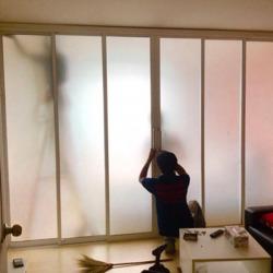 ติดตั้งกระจก - บริษัท ณัฐกานต์ กระจก อลูมินั่ม จำกัด