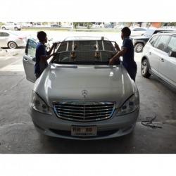 เปลี่ยนกระจกรถยนต์ - บริษัท ไซ แอม ออโต้กลาส แอนด์ ฟิล์ม จำกัด