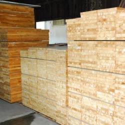 ไม้สักประสาน - ห้างหุ้นส่วนจำกัด บางโพอบไม้