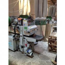 เครื่องผลิตพาเลทไม้