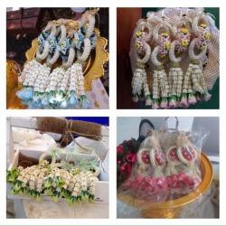 มาลัย & ช่อติดอก & ช่อบูเก้ & ข้อมือเพื่อนเจ้าสาว - ร้าน บ้านดอกไม้ นครปฐม