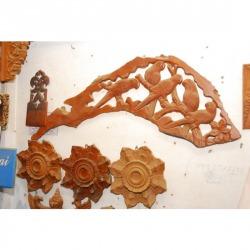 ไม้แกะสลักลายกนกไม้ - Lek Carving