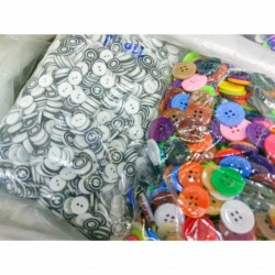 Fancy buttons, clothing accessories - tkbuttons