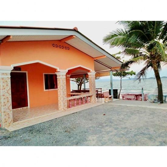 บ้านพักติดทะเล ขนอม ที่พักขนอม  ที่พักนครศรีธรรมราช  ที่พักสุราษฎร์ธานี  บ้านพักติดทะเล  ที่พักติดทะเลขนอม  ที่พักติดทะเลศิชล  ที่พักขนอม ริมทะเล  ที่พักขนอม บ้านเป็นหลัง  ที่พักขนอมติดทะเล ราคาถูก  ที่พักขนอมแบบครอบครัว