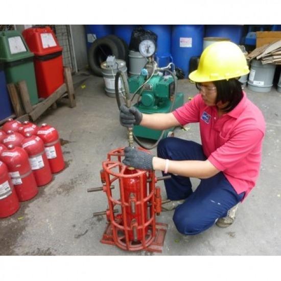 ทำทดสอบการรับความดับเครื่องดับเพลิง ทำทดสอบการรับความดับเคื่องดับเพลิง