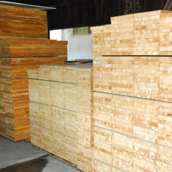 ไม้สักประสาน - ห้างหุ้นส่วนจำกัด บางโพอบไม้  - ไม้สักประสาน