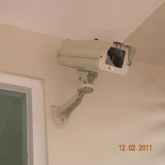 ติดตั้งกล้องวงจรปิด ( CCTV system) ติดตั้งกล้องวงจรปิดในห้องคลีนรูม  cctv  ระบบกล้องวงจรปิด