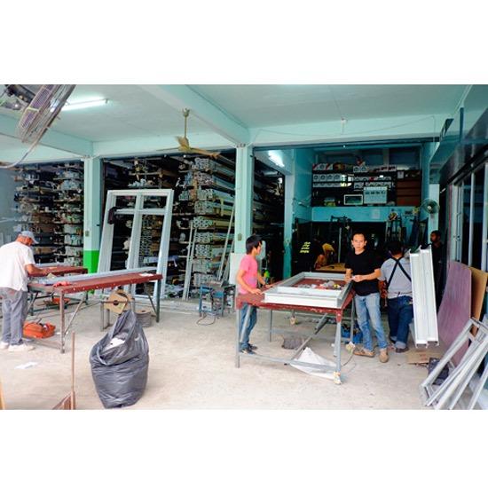 จำหน่ายกระจกอลูมิเนียม - บริษัท สว่างศิลป์ อลูมิเนียม จำกัด - จำหน่ายกระจกอลูมิเนียม  ร้านจำหน่ายกระจกอลูมิเนียม  ติดตั้งกระจกอลูมิเนียม  ร้านติดตั้งกระจกอลูมิเนียม  ติดตั้งอลูมิเนียม  ติดตั้งแสตนเลส  ร้านจำหน่ายอลูมิเนียมสแตนเลส  รับติดตั้งประตูสแตนเลส  ร้านรับติดตั้งเหล็กดัด