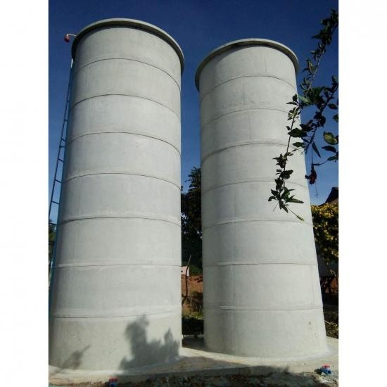 Selling ready-made concrete tanks Selling ready-made concrete tanks