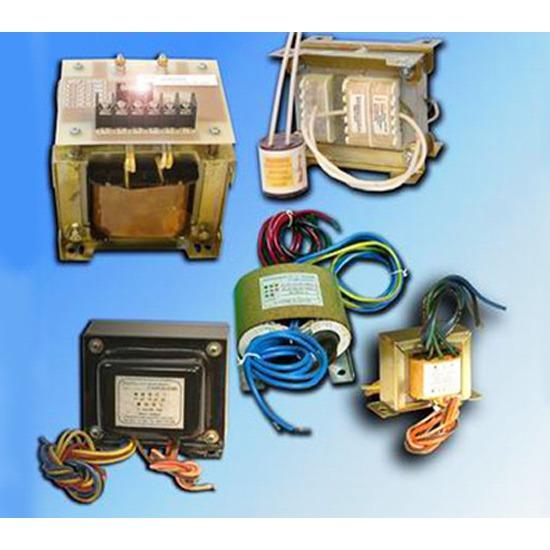 อุปกรณ์ไฟฟ้า หม้อแปลงไฟฟ้า  หม้อแปลงไฟฟ้าแรงสูง  อุปกรณ์ไฟฟ้า  ติดตั้งหม้อแปลงไฟฟ้า  สายไฟ  ติดตั้งไฟฟ้าแรงสูง