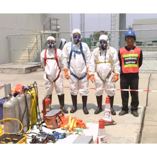 ทำงานในที่อับอากาศ - บริษัท อะโกลว (ประเทศไทย) จำกัด - ทำงานในที่อับอากาศ รับทำงานในที่อับอากาศ ติดตั้งเดินท่อในที่อับอากาศ สำรวจพื้นที่อับอากาศ ทำความสะอาดบ่อบำบัด บริการล้างถัง ผลิตชุดกวนผสม จำหน่ายปั๊ม ทำความสะอาดถัง รับจ้างทำงานในที่อับอากาศ ออกแบบระบบบำบัดน้ำเสีย ล้างบ่อใต้ดิน