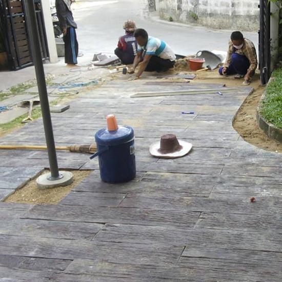 ไม้เทียมจากคอนกรีต - มือทอง ไม้เทียม เชียงใหม่ - รับจัดสวน  รับทำน้ำตก  ไม้เทียมจากคอนกรีต  หินเทียมจากคอนกรีต  อักษรโฟม  ชุดโต๊ะสนามไม้เทียม  ชุดโต๊ะสนามหินเทียม  หินเทียม  สวนคอนโด  สวนดาดฟ้า  รับจัดสวนรีสอร์ท  จัดสวนบ้านจัดสรร  แผ่นปูพื้นทางเดิน  ชุดน้ำพุ