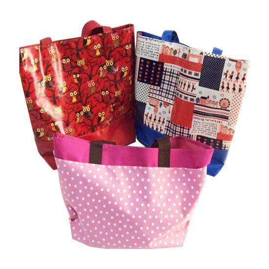 รับสั่งทำกระเป๋าผ้า - โปโลดีไซน์ บาย วิคเตอร์ - โรงงานผลิตเสื้อผ้าสำเร็จรูป โรงงานผลิตเสื้อยืด โรงงานผลิตเสื้อโฆษณา เสื้อยืด ผู้ผลิตเสื้อผ้า ยูนิฟอร์ม ผ้ากันเปื้อน เสื้อโปโล รับปักเสื้อ