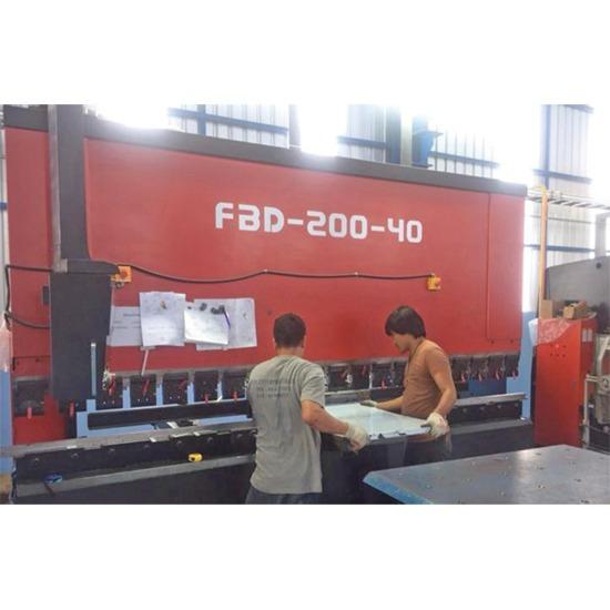 บริการเชื่อมโลหะแผ่น สามารถพับได้ยาวถึง 4 เมตร - บริษัท หมิง เจี้ยน คอนสตรัคชั่น แมททีเรียล คอร์ปอเรชั่น (ประเทศไทย) จำกัด - V-cut  V-cut Laser  บริการเชื่อมโลหะ  บริการเชื่อมประกอบขึ้นรูป  บริการเชื่อมโลหะแผ่น  บริการเชื่อมสแตนเลส  บริการเชื่อมอลูมิเนียม