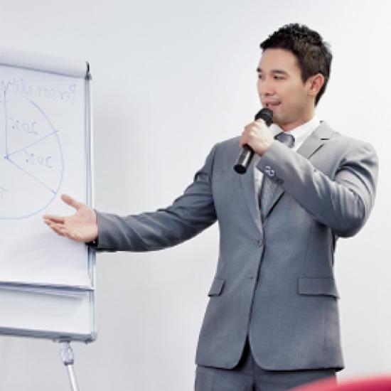 ฝึกทักษะการกล้าแสดงออก การพูด