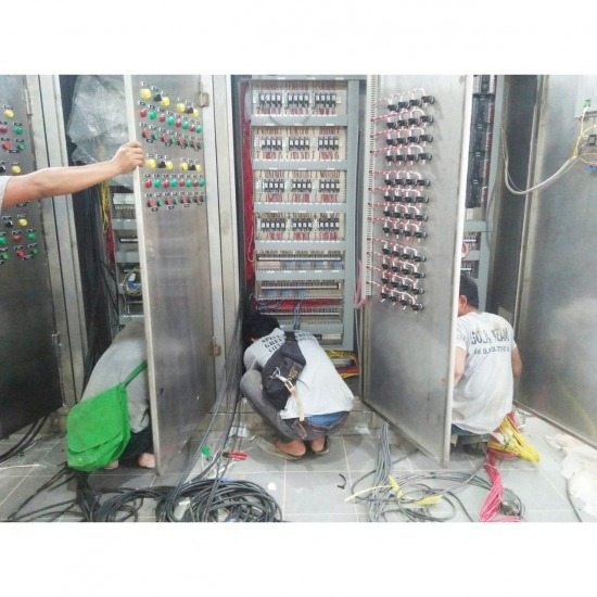 Install the pump control panel in Phuket. - Solid Intertech Co., Ltd. (Phuket Branch)