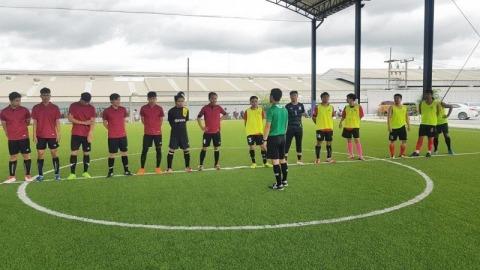 สนามฟุตบอลในร่มบ่อวิน - สนามฟุตบอล นรสิงห์ คลับ