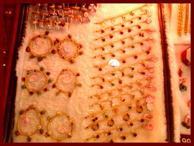 ทองรูปพรรณ - ห้างทอง ร้อยเปอร์เซ็นต์ เยาวราช