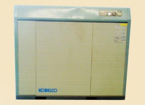 ปั้มลมHitachi 5hp แบบตู้ 42000 - อิทธิแสง มอเตอร์