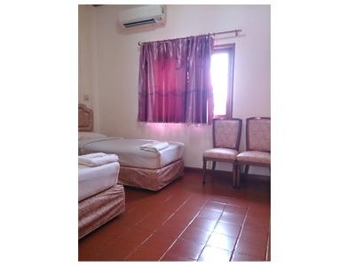 โรงแรม - โรงแรมปานปรีย์
