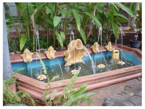 บัวปูนปั้น-นครภัณฑ์