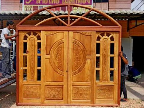 """ลายไทย ไม้สักทอง """"งานไม้ดี อยู่คู่บ้านเหนือกาลเวลา"""" เราเป็นผู้ผลิตและจำหน่ายบานไม้สักทองที่คัดสรรเนื้อไม้มาเป็นพิเศษ  - ร้าน ลายไทย ไม้สักทอง"""