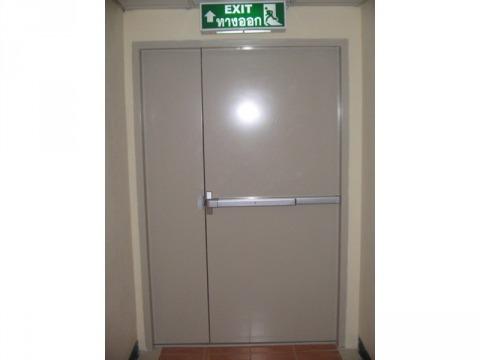 ประตูหนีไฟ ทีเอช วินโดว์