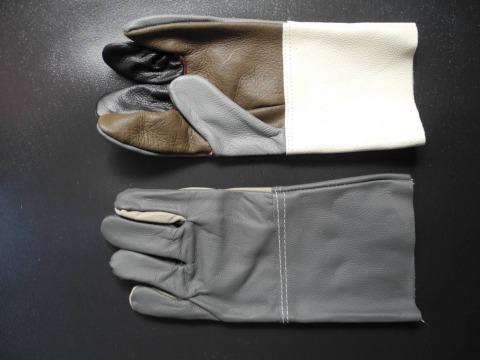 ถุงมือหนัง ชลบุรี - ถุงมืออุตสาหกรรม โชควราพัฒน์
