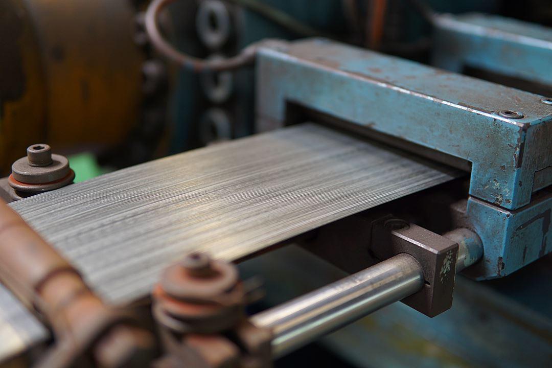โรงงานผลิตลวดเย็บกระดาษม้วน